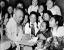 0.Dai_bieu_HS_Tr_TH_TRung_vuong_(_HN)_T_5-1956.jpg