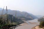 Nga_ba_Lung_Po_noi_con_song_Hong_chy_vao_dat_Viet_vietdujpg1.jpg