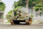 Tien_vao_Dinh_Doc_Lap.jpg