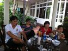 Tran_Thi_Thu_Huong_cung_2ban_than__con_trai.jpg
